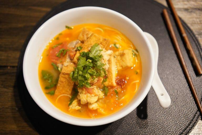 Bun Rieu Recipe (Vietnamese Crab, Pork, Tomato Noodle Soup)